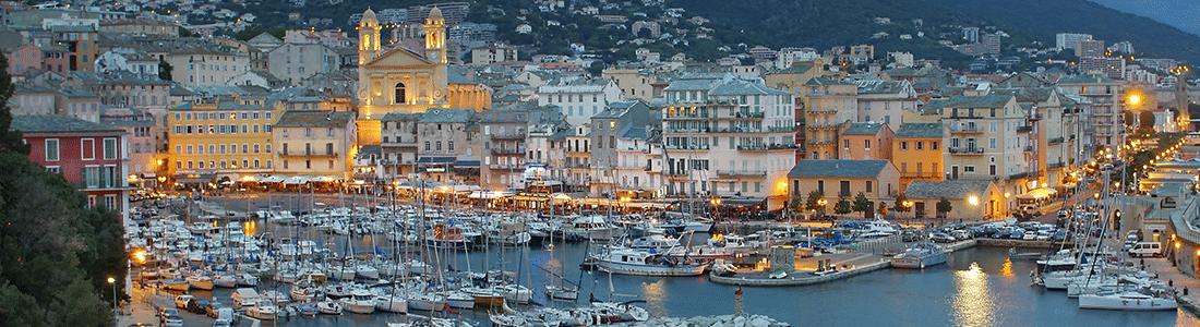 Vue côtière de la Corse